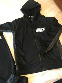 BRAND NEW nike tracksuit - age 13-15