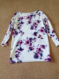 Floral jumper size 8