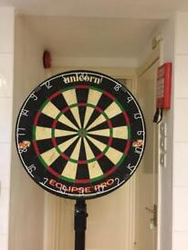 Dartboard with adjustable stand