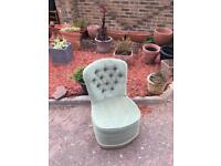 Green button back bedroom chair