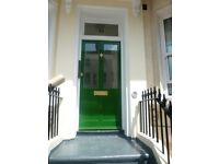Eastbourne close to twon centre furnished double rooms to let.