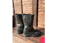 Women's size 40 motorcycle boots