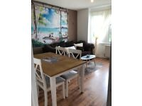 2 Bedroom Bright sunny unfurnished Flat paisley 395.00