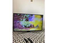 Samsung 50'' ULTRA HD SMART TV + Freeview