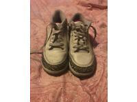 Boys nike Jordan trainers size uk 2.5