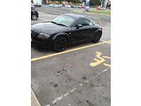 Black Audi TT Quattro