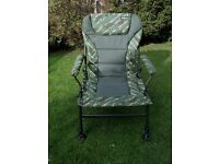 Camo Reclining Carp Chair.