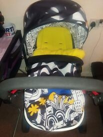 Cosatto woop 2 in 1 with carseat o.n.o