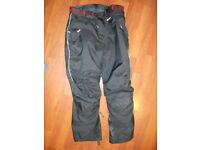Akito Textile Motorcycle Trousers (Men's Size Small)
