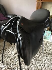 Kent and Masters 17 inch GP Saddle