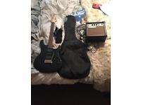 YAMAHA ERG-121 electric guitar with amplifier