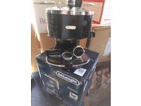 DeLonghi Icona Espresso Coffee Machine - Black