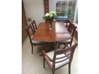 Hardwood extendable dining table and 6 dining chair