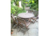 Folding wooden table and 4 seats