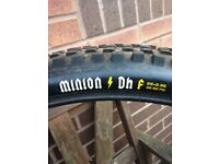 MAXXIS Minion DHF 26 X 2.35 Super Tacky MTB Tyres (Pair - Used) - Get Ready For Winter!