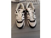 Genuine Nike Air Max. Size 6.