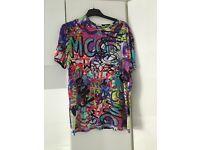 McQueen- Alexander McQueen T-shirt.