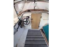 Shetland 535 boat with 40 Marina 2-stroke outboard
