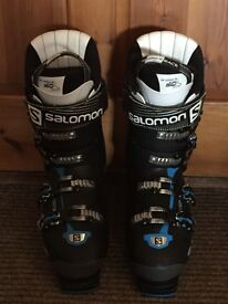 Solomon XPro Men's Ski Boots Size 10, excellent condition, only worn for 3 days!