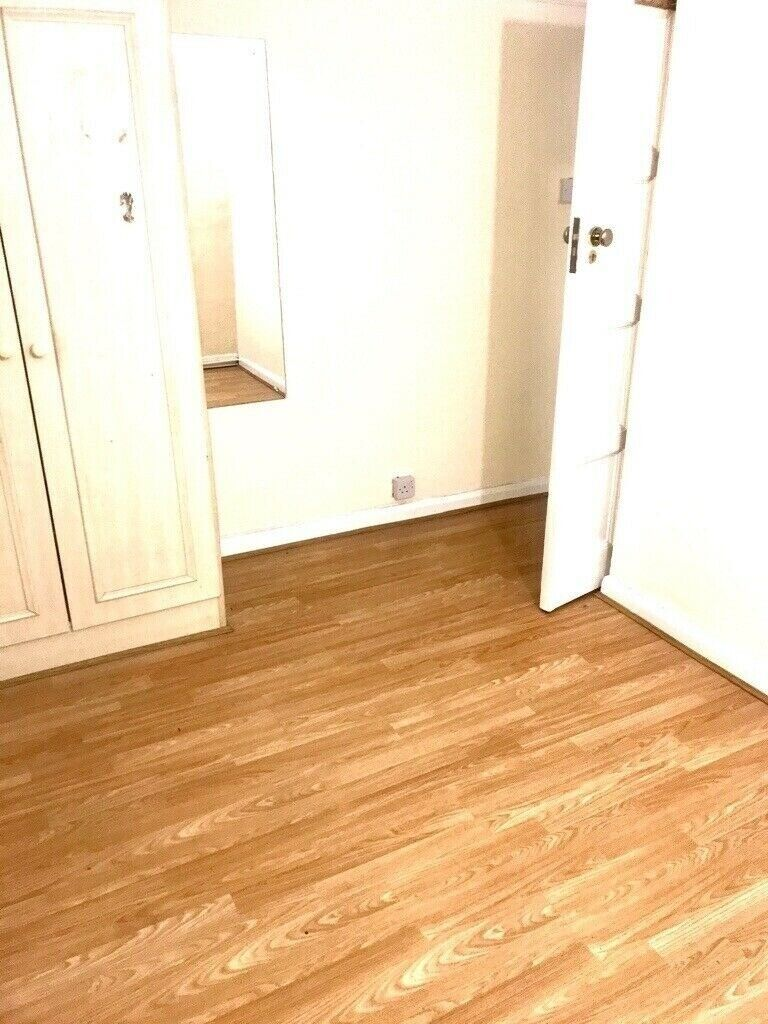 Two Bedroom Ground Floor Flat To Rent Dss Applicants Acceptednear Northolt Underground Central Line In Greenford London Gumtree