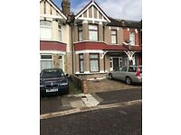 Three bed house with two receptions for rent in barking (Part Dss Accepted)