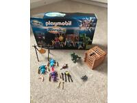 Playmobil super 4 aliens and t-Rex set