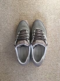 Y-3 Sprint Trainers - Grey & White - Size 10