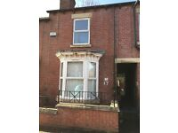 ***SPACIOUS & ATTRACTIVE 3 BEDROOM HOUSE-S4***