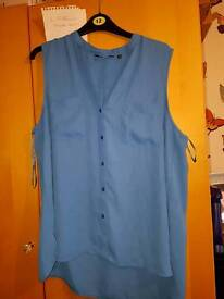 Ladies sleeveless top from dorothy perkins size 16