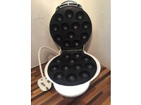 MUFFIN, CAKE MAKING MACHINE, Ideal for kids lunch boxes, Excelent condition £8. only