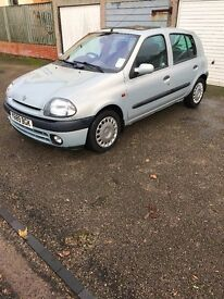 IMMACULATELY CLEAN AND WELL MAINTAINED CLIO ALIZE. 83k Mileage