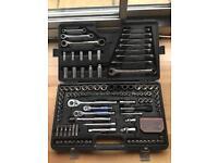 Halfords Advanced 150'' tool kit