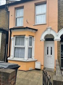 6 Double bedroom house to let in forest gate E7 9ET!!!
