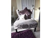 Purple flower Armchair