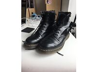 DR MARTENS/Doc Martens 1460 ORIGINAL LEATHER BOOTS SIZE 7