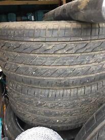 "4 22"" tyres"