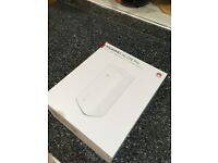 Huawei 5G CPE Pro with Antenna - Locked to EE - Unopened - New
