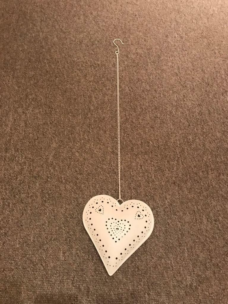 Hanging t-light holder.