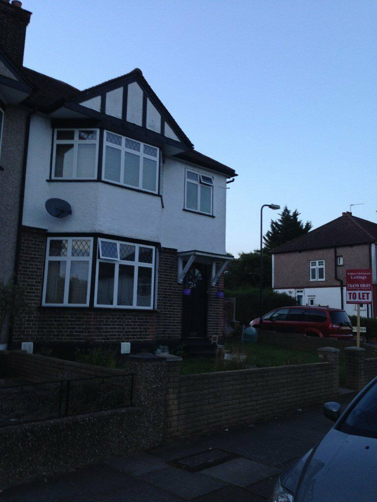Dollis Hill, large 4 bedroom house with garden and garage
