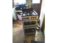 BLACK FREESTANDING GAS COOKER 4 RINGS OVEN AND GRILL