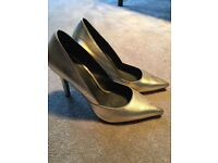Office gold women's shoes Size 37