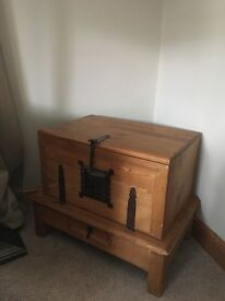 Pine side table chest trunk with drawer