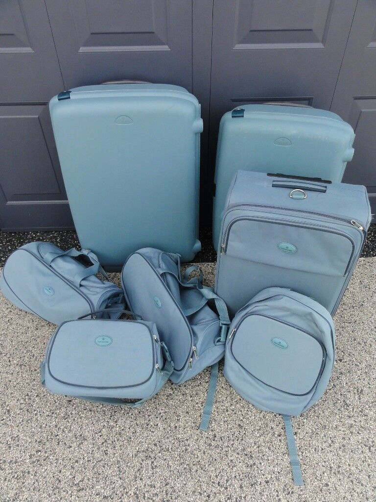 Samsonite 7 Piece Luggage Set