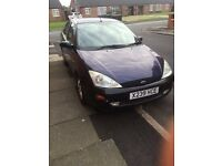 Quick sell Ford Focus saloon 2.0 £199