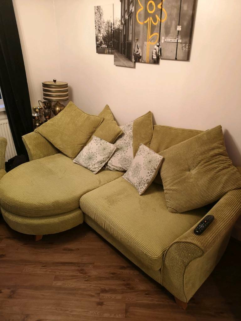 Groovy Dfs 3 Seater Chaise Corner Sofa And 2 Seater Sofa Bed Green In Linwood Renfrewshire Gumtree Uwap Interior Chair Design Uwaporg