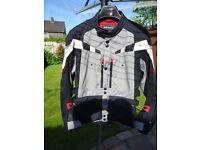 BMW Motorrad GS Dry Jacket. Waterproof, Armoured and Breathable Adventure Motorbike Jacket. Size 52.
