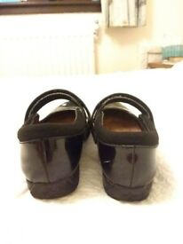 Girls Clarks shoes size 3