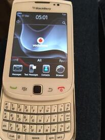 Blackberry 9700 Limited edition white