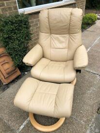 EKORNES STRESSLESS Recliner Mayfair Chair & Matching Footstool £2079 Medium
