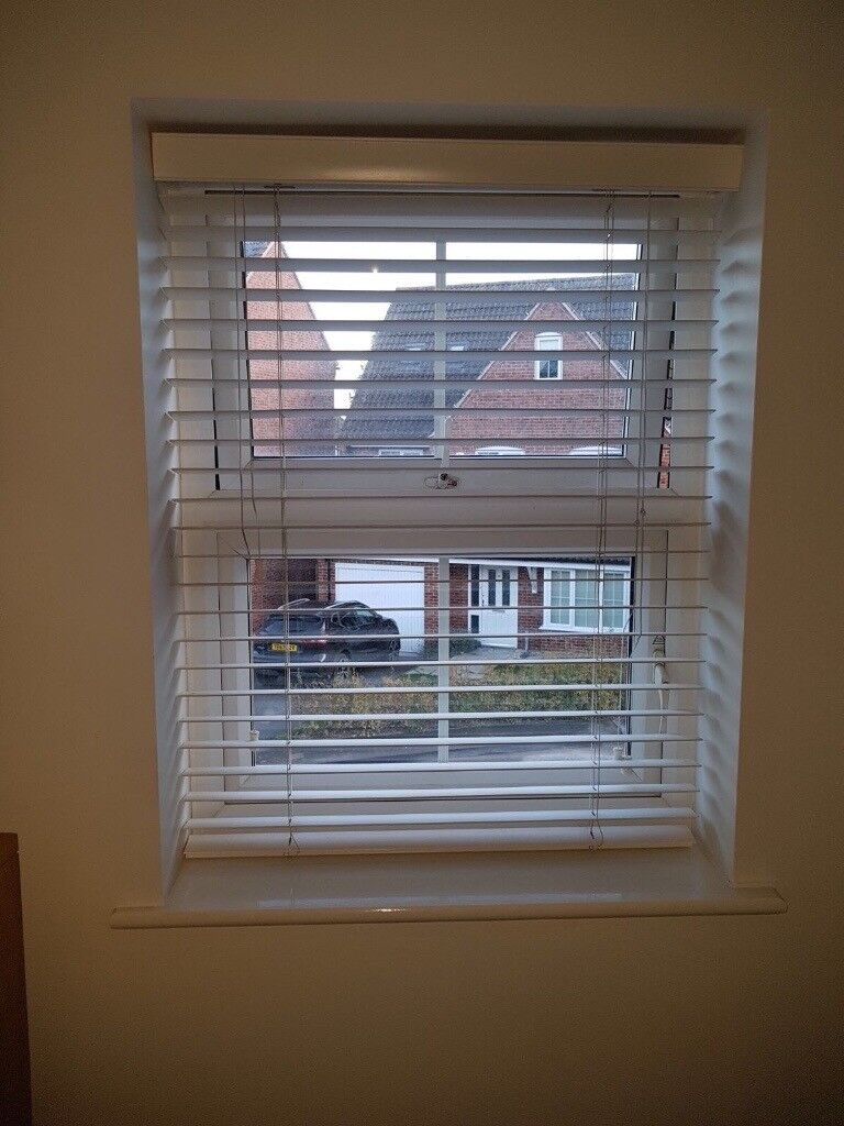 White Wood Blinds x 6 but will sell individually